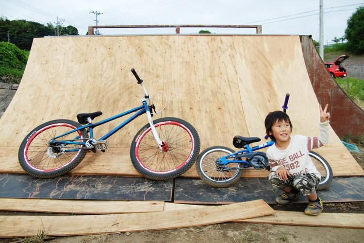 kenpuppu's brMOZU bike & DAISUKE