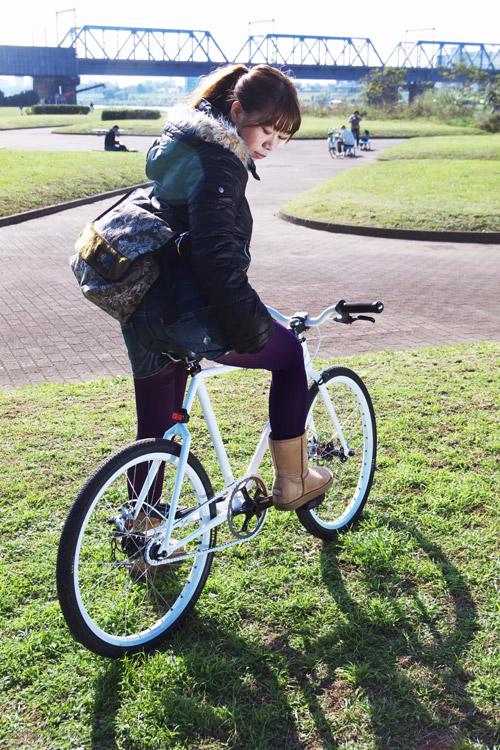 タマミと小鉄バイクとberufのメッセンジャーバッグ
