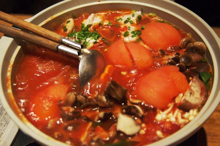 流行りのトマト鍋