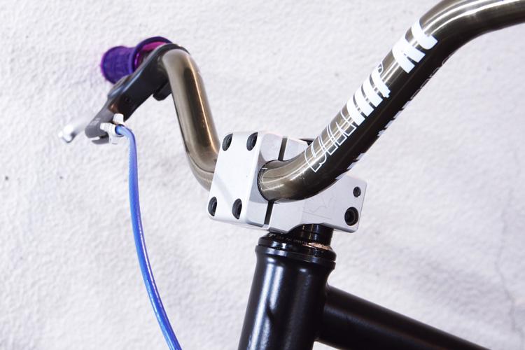 SEASON bikeのフラットランド用ステム突きだし35mm