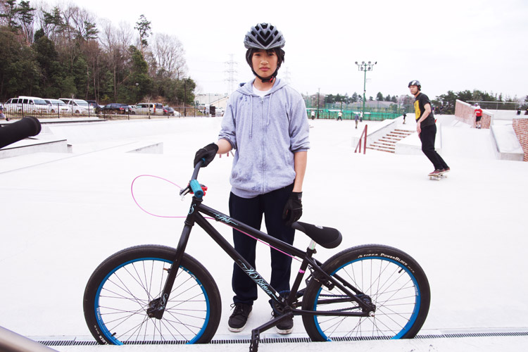 Yukonさんから購入したNS Bikesに乗るリョウタ君