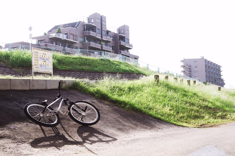 今日の朝練バンクとMOZUバイク