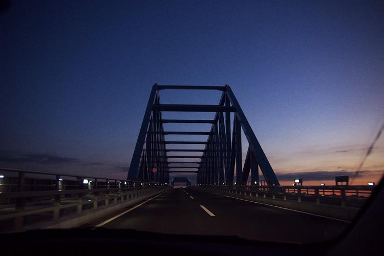 朝焼けの東京ゲートブリッジ