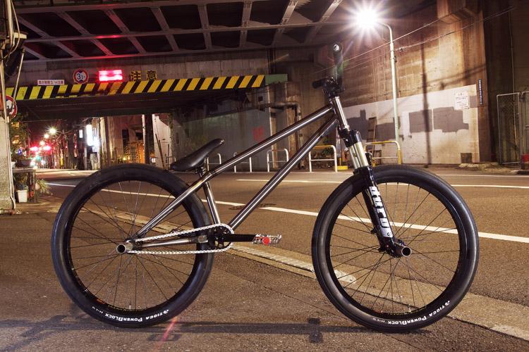サモのShaka(Ashi MOZU)バイク