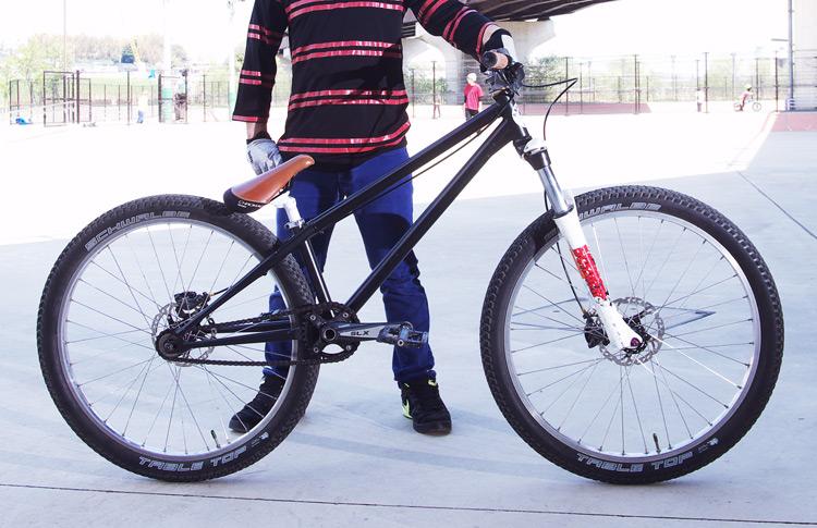 bori's MOZU(brMOZU)バイク