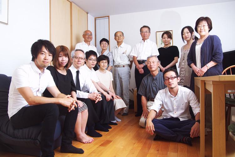 祖母の新盆で親族の集まり