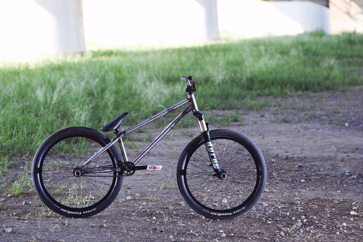 TUBAGRA SHAKA 24 Bike