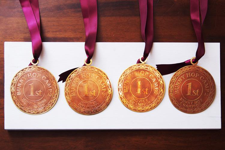 Rui & Aguri Fine Jewelry製のBHC2メダル