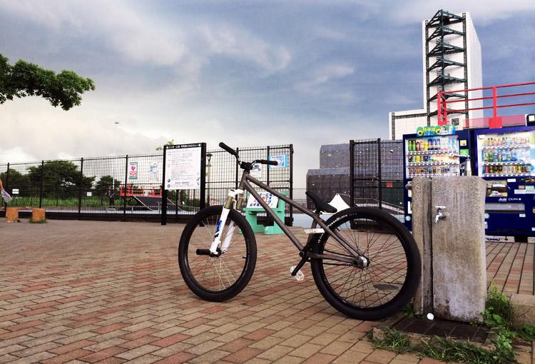 城南島スケートパークとSHAKAバイク