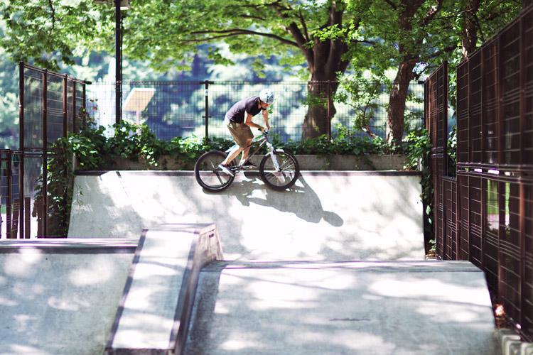 朝一世田谷公園SLスケートパークライド