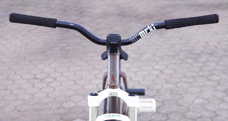 サモTUBAGRA SHAKAバイク