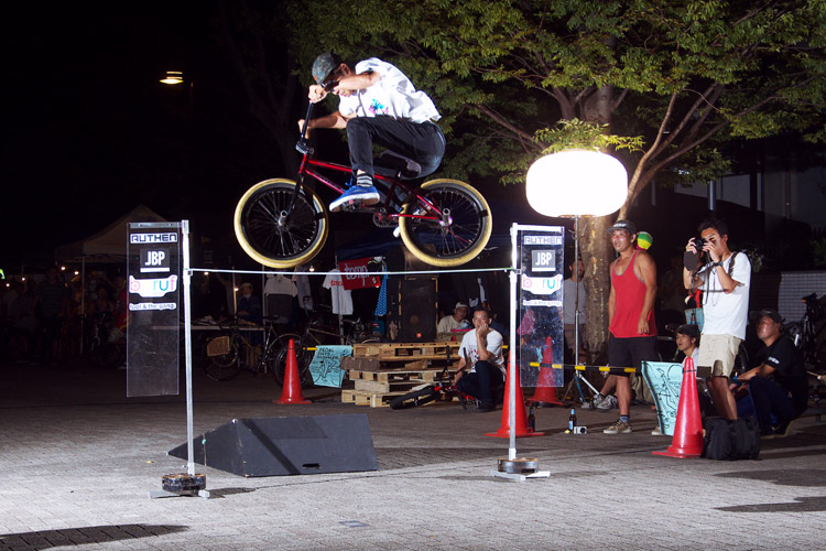 PEDAL DAY 2014 BANK BUNNY HOP CONTEST カナイ君180