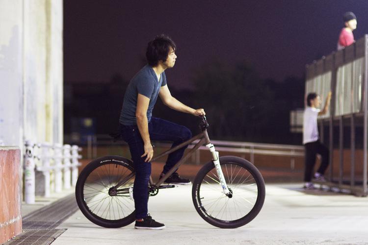 新横浜スケートパークで膝を痛めました