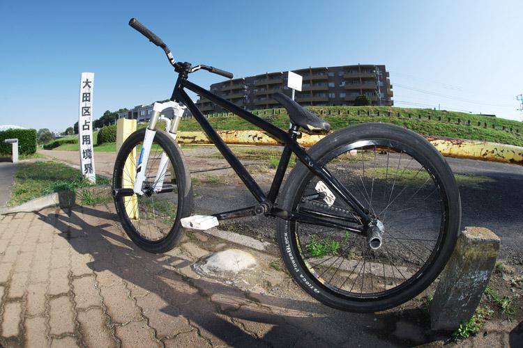 朝練の多摩川河原とSHAKAバイク