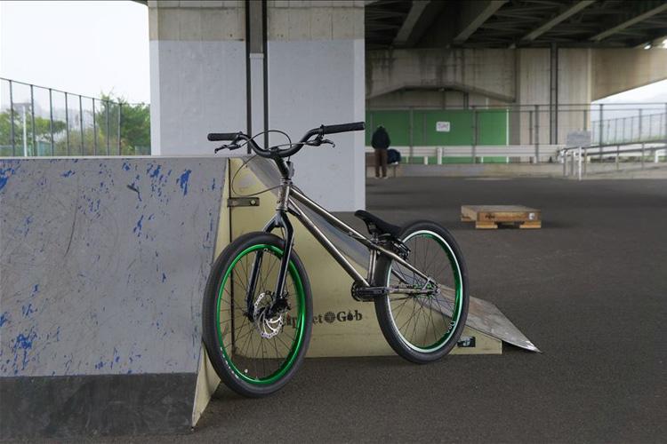 m-papaさんのOPENER(trMOZU)バイク