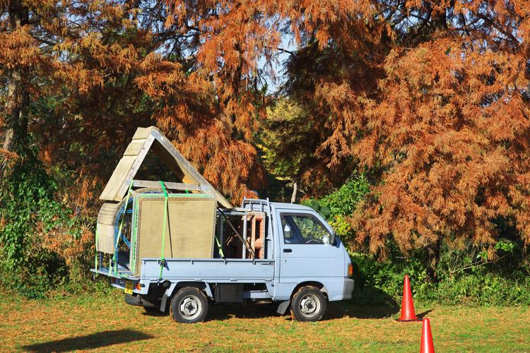 秋ヶ瀬の森バイクロア4 トライアルセクションを積んだ岡安さんの軽トラ