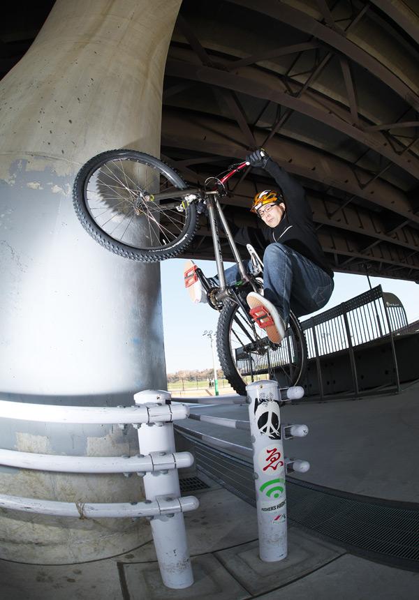 新横浜スケートパークでの水野君のアブバカ