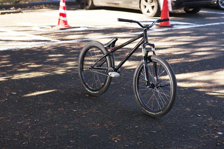 TUBAGRA SHAKA(Ashi MOZU)バイク
