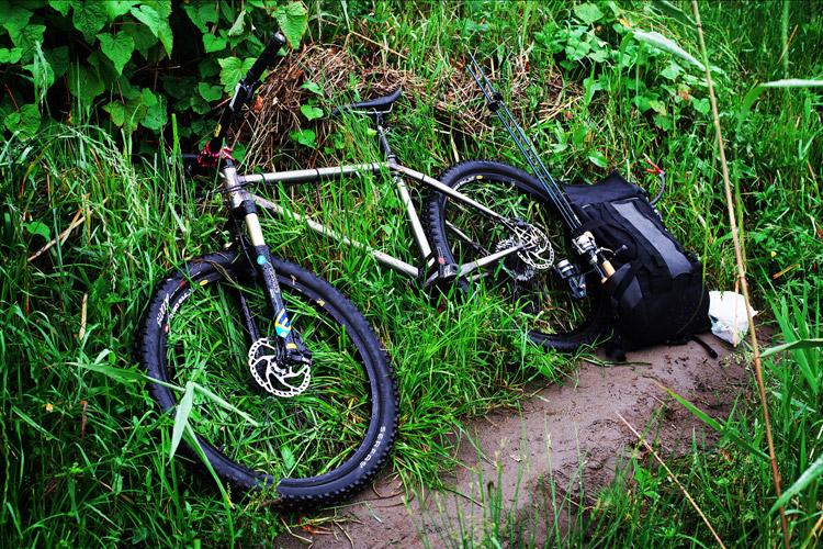 MTB マウンテンバイク YAMADORI 1st 26 多摩川河原サイクリングロード ルアー バスフィッシング