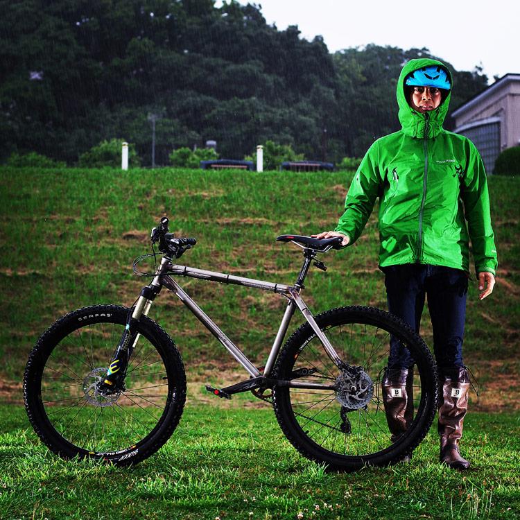 MTB マウンテンバイク YAMADORI 1st 26 多摩川河原サイクリングロード Mont-bell レインダンサー レインジャケット