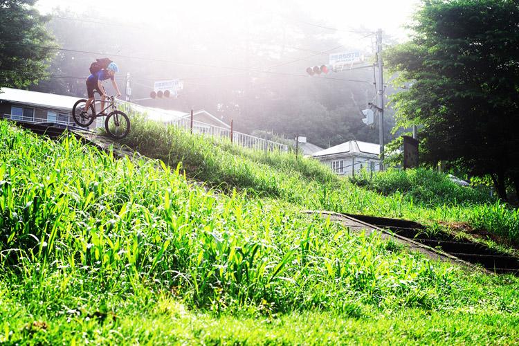 MTB マウンテンバイク YAMADORI 1st 26 多摩川河原サイクリングロード 階段ドロップバニーホップ