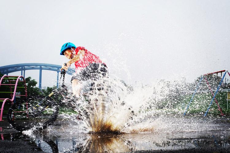 MTB マウンテンバイク YAMADORI 1st 26 多摩川河原サイクリングロード 水たまりドリフト失敗