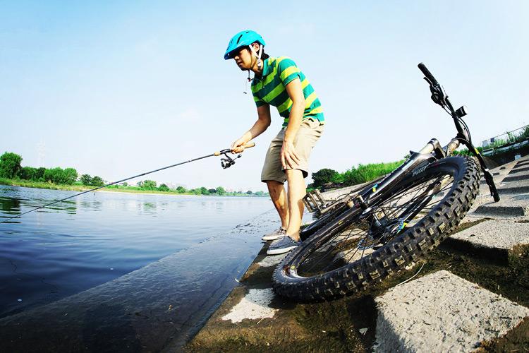 MTB マウンテンバイク YAMADORI 1st 26 多摩川河原サイクリングロード スポットに着いて釣り開始