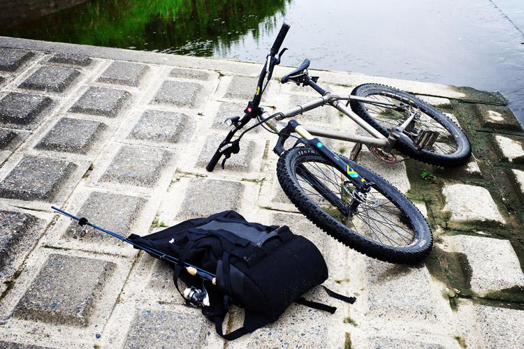 MTB マウンテンバイク YAMADORI 1st 26 多摩川河原サイクリングロード beruf baggageのバックパックと一緒に