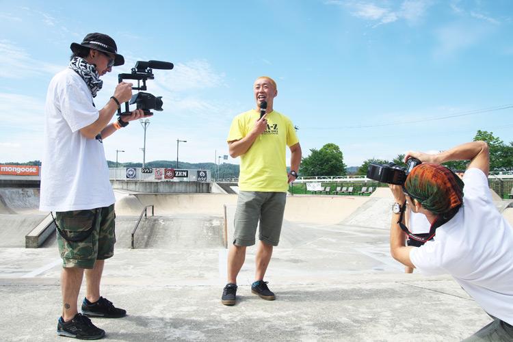 山形県寒河江スケートパークでOYA-Z BMX JAM 2015 代表の矢波さんと撮影担当の草野さん
