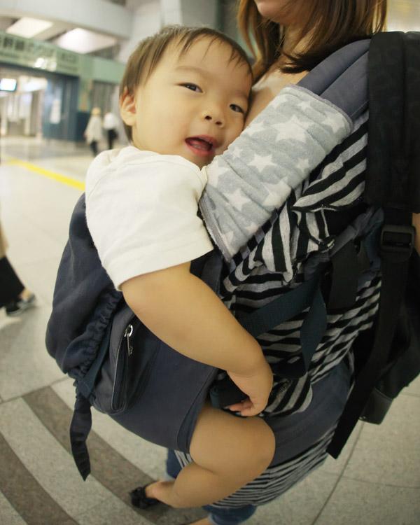 品川駅に着いた息子と奥さん
