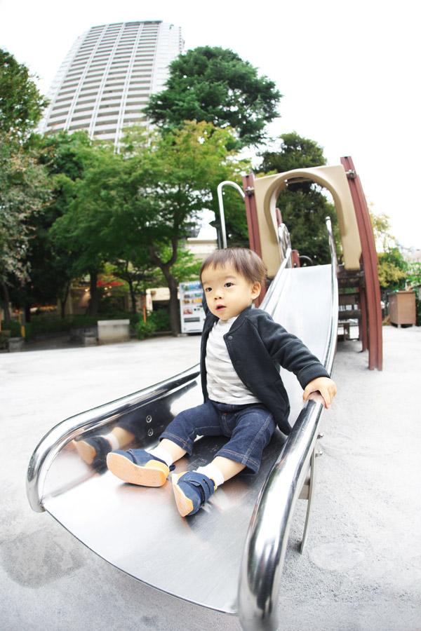 代官山の公園で遊ぶ叶大