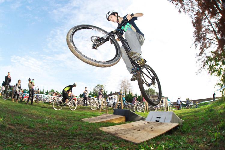 秋ヶ瀬のバイクロア5ジャンプ体験会&講習会