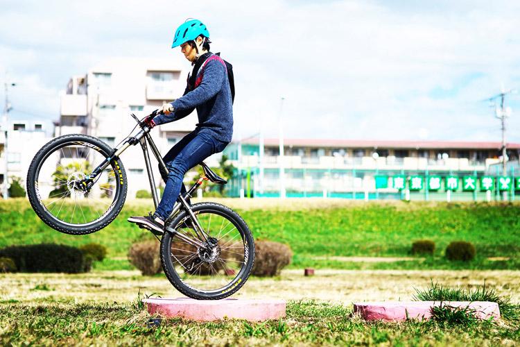 多摩川サイクリングロード croMOZU275 飛び石ダニエル