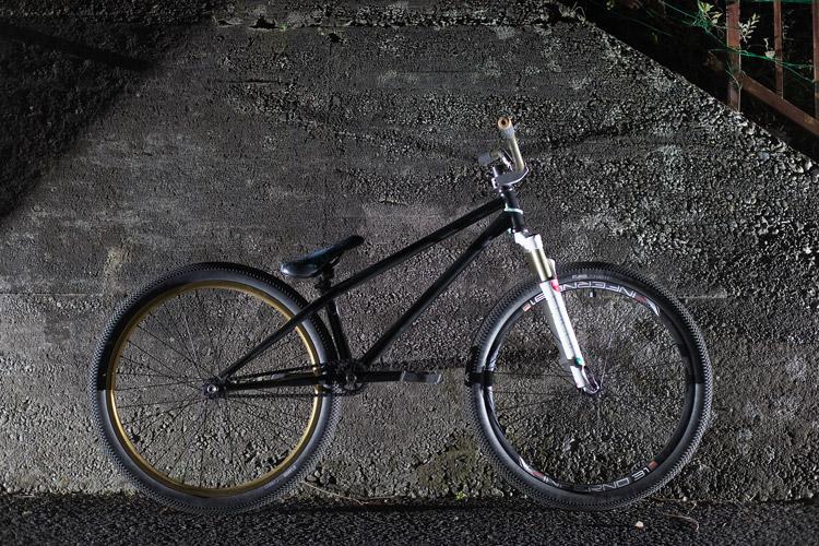 TUBAGRAライダーYAMATO君のSHAKAバイク