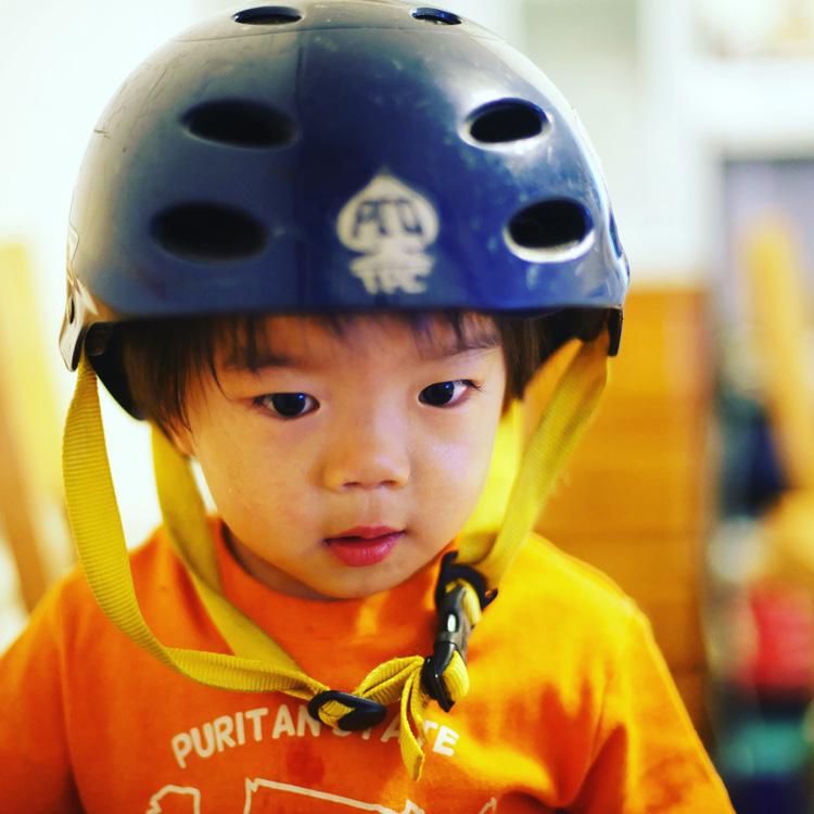 僕のヘルメットを好んで被る叶大