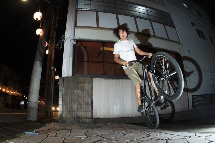 散田(サンタ)式自撮りリモート機器 JTK3-Lで自撮り