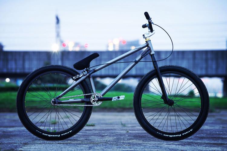 お客様のTUBAGRA SHAKA 24バイク
