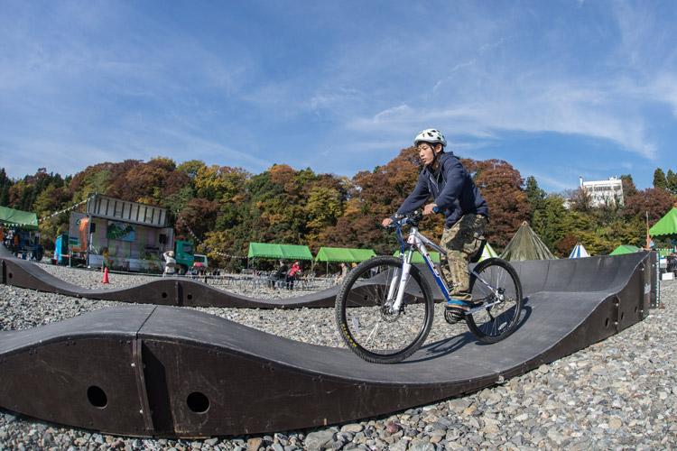 あきる野の奏でin秋川橋河川公園 秋川渓谷カワランド モジュラーパンプトラック