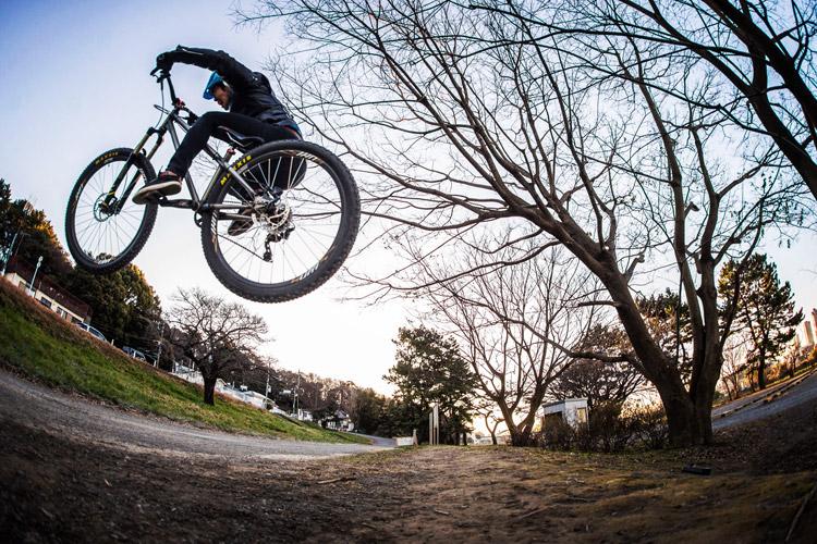 croMOZU275 3rd TEST多摩川河原サイクリングコース 斜め刺しバニーホップ練習