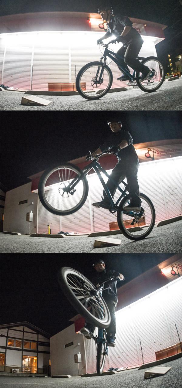 スポーツバイクファクトリーふじみ野スズキで開催されるサタジュクで佐多さんのバニーホップ180