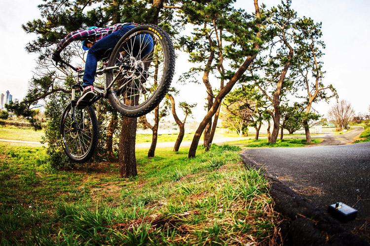croMOZU275 3rd TEST多摩川河原サイクリングコース 斜め刺しバニーホップ土手ドロップ