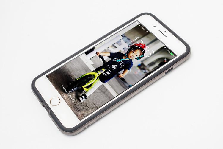 iPhone7 Plus ゴールドにiPhone 7 Plus ケース ネオ・ハイブリッド