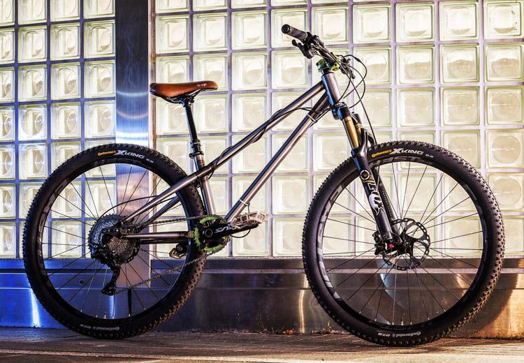 橋野 piro 君のcroMOZU275バイク