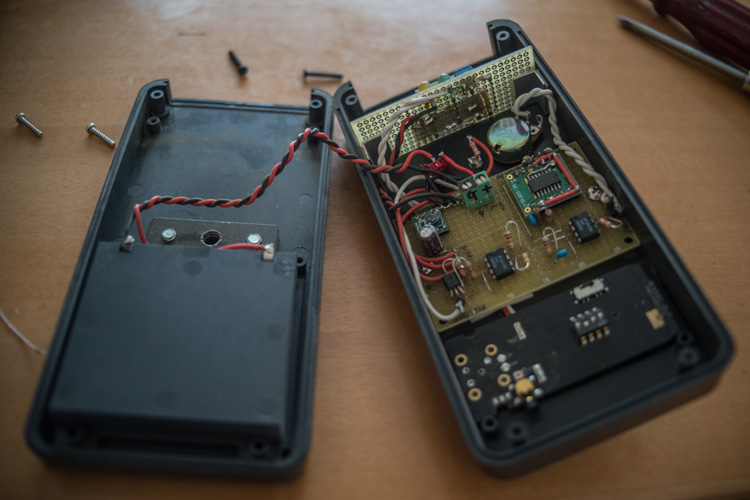 散田(サンタ)式自撮りリモート機器 JTK3-Lを修理