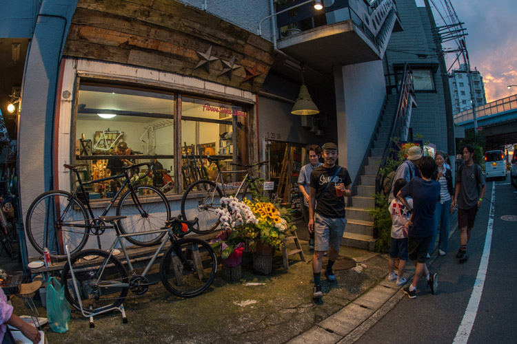 Above Bike Storeの10th Anniversary Partyに行ってきました