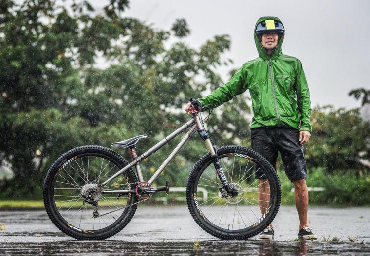 MTB マウンテンバイク croMOZU275 4th 多摩川河原サイクリングロード Mont-bell レインダンサー レインジャケット