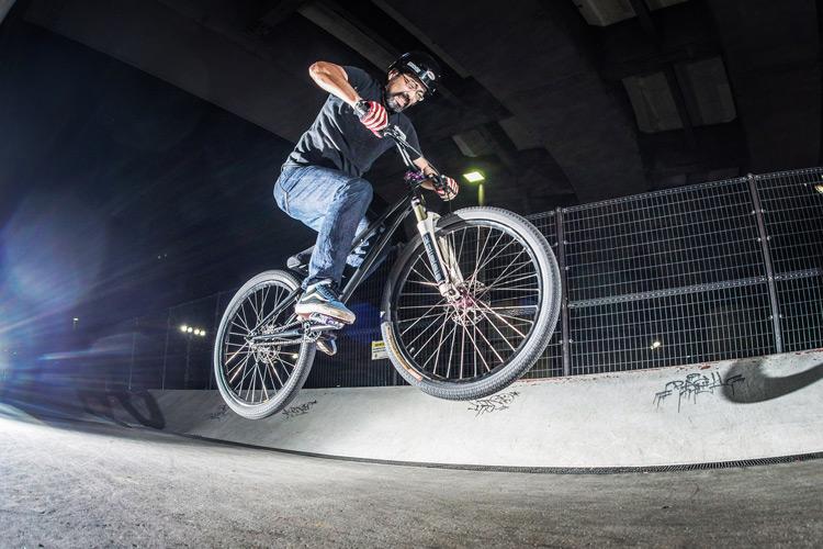 新横浜スケートパーク 和田さんのバニーホップ croMOZU 26