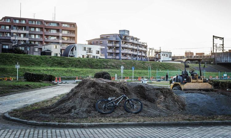 多摩川河原 ダートコース croMOZU275 4th 台風の泥砂の盛土