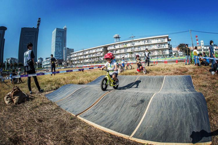 キッズロア at サイクルフェスタ ツール・ド・フランスさいたまクリテリウムにランバイクで参加する叶大