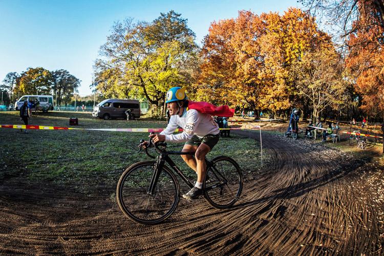 秋ヶ瀬の森バイクロア7のオウルクラスを走るパーマン